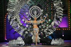 Canarias7.  Gala de elección de la Reina del Carnaval de Las Palmas de Gran Canaria 2015 (febrero-13) Islas Canarias. Spain.  http://www.lpacarnaval.com/