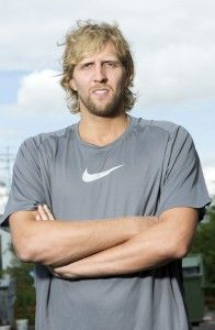 Dirk Nowitzki. Anyone who truly knows me knows that I LOVE this man. <3