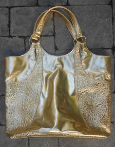 Vintage Gold Tote Bag Purse from the 80s. by ShopGlammasAttic