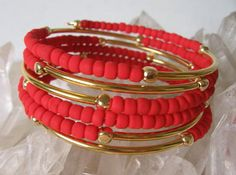 Hey, I found this really awesome Etsy listing at https://www.etsy.com/listing/182684188/memory-wire-bracelet-red
