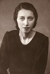 Fakhri Teymoortash, first Iranian female Doctor in 1960