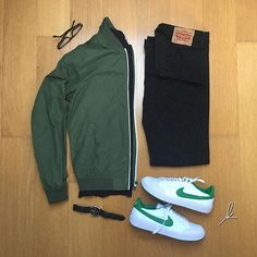 WEBSTA @ kaayfi - Black and Green ⏺⏺-------------------------------⬇️:@nike meadow 16⬇️:@levis 501⬇️:@hm⬇️:@esprit⬇️⌚️️:tedlapidus⬇️:@rayban 5279 ------------------------------------------ - ⚫️⚪️#style #fashionblogger #mensstyle #mensfashion