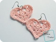 Free crochet heart applique and earrings patterns from DivineDebris.com (Aunt Lydia's Thread)