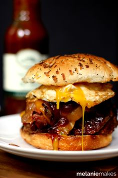 Weekly Family Meal Plan - Grilled Barbecue Bacon Meatloaf Sandwiches