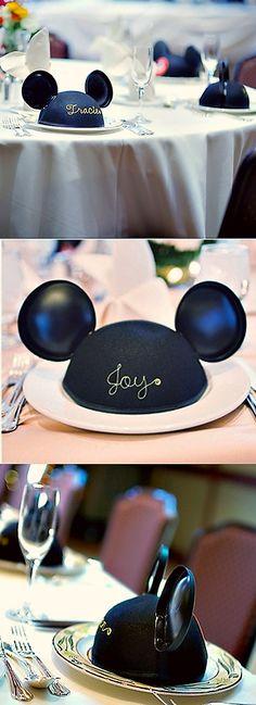 mickey mouse ear escort cards/favors! ahhhhh! #disney #wedding