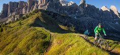 I Marathon #BTT Llanes La Costa Picos Asturias Spain, Places In Spain, Paraiso Natural, Mtb Bike, Costa, Mountains, Nature, Travel, National Parks