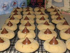 Peanut Butter Kisses Recipe - Food.com - 7400