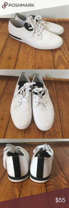 CREATIVE RECREATION men's canvas sneakers-like new Men's Creative Recreation black and white canvas sneakers- like new! Worn once or twice. Small blemish on left shoe (see second photo) Lots of life left!   Po$h amylopez06 Mercar!  lalo1108 Creative Recreation Shoes