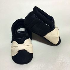 White bow different style for princess girl