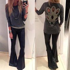 #LeBlogLovers  Flare de cirre + blusa bordada maraaa + cinto bordado tudo by @leblogstore  {rivieras em ródio negro e branco by @palhadoroficial } #danicardoso®
