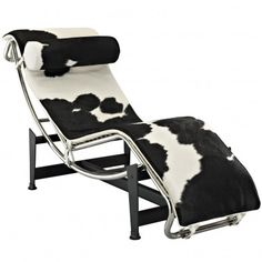 Le Corbusier Inspired Modern Cow Hide Chaise Lounge