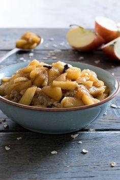 Spicy apple porridge