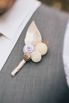 Wedding boutonniere DIY Idea. Delisser Photography