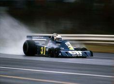 F1黄金期にティレルが生み出した6輪マシン Jody Scheckter, Formula One, Grand Prix, Lamborghini, Race Cars, Super Cars, Cool Photos, Classic, Auto Racing