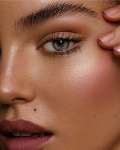 Likes, 53 Kommentare - Tamara Williams - # Kommentare # . - Likes, 53 Kommentare – Tamara Williams - Natural Makeup For Blondes, Natural Makeup Looks, Makeup Inspo, Makeup Inspiration, Makeup Tips, Makeup Ideas, Bridal Makeup, Wedding Makeup, No Make Up Make Up Look