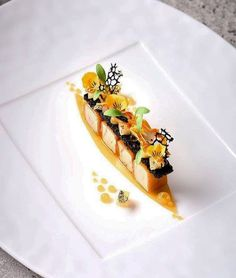 Foie gras & Carrot, An Excellent dish by ! Michelin Star Food, Modern Food, Food Decoration, Culinary Arts, Plated Desserts, Creative Food, Food Presentation, Food Design, Food Plating