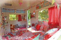 caravane 13 #campersandrv #campers #and #rv Camping Vintage, Vintage Travel, Vintage Camper Interior, Rv Makeover, Vintage Trailers, Vintage Campers, Remodeled Campers, Rv Campers, Happy Campers