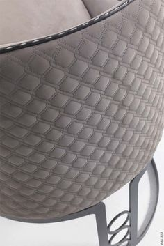 Стул Vittoria Frigerio Poggi Metal Sewing Leather, Leather Pattern, Leather Fabric, Car Interior Upholstery, Futuristic Furniture, Leather Furniture, Furniture Inspiration, Textures Patterns, Car Seats