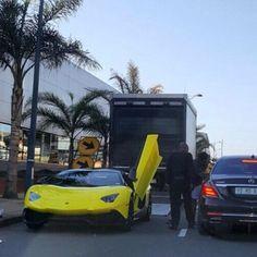 LP720-4 Anniversario touchdown in Durban via @kiash_01 #ExoticSpotSA #Zero2Turbo #SouthAfrica #Lamborghini #Aventador #LP720