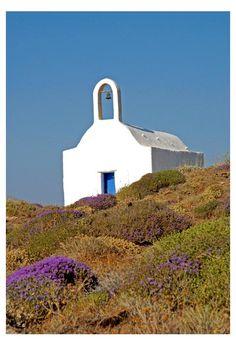 Chapel on Sikinos island, Greece Mykonos, Santorini Villas, Albania, Beautiful World, Beautiful Places, Stairs To Heaven, Greek Blue, Macedonia, Bulgaria