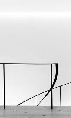 Sofia Granjo Arquitetos | Honorary Consulate of the Republic of Namibia, 2015 | Porto, Portugal | railing detail