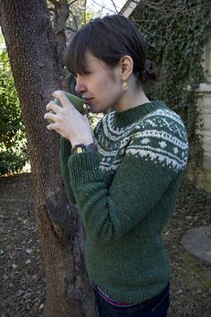 Ravelry: pigeonroofknits' Skydottir-- the five day sweater