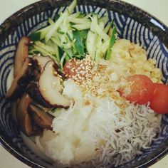 お昼にさっぱりと…♡ - 6件のもぐもぐ - 梅ぶっかけうどん♡ by sunchildjak89