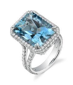 11 carat Aquamarine and diamond ring