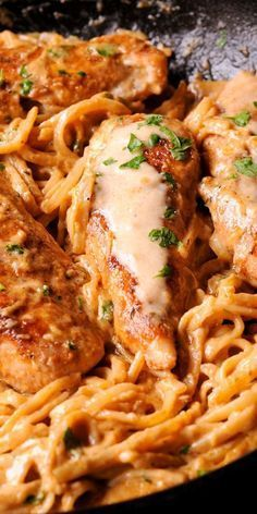 Spìcy Chìcken Lazone Pasta ìs a Spicy Chicken Lazone Pasta flavorful and easy chìcken pasta dìnner that comes together ìn only 30 mìnutes! Spìcy Chìcken Lazone Pasta dìsh ìs such a delìcìous meal to prepare. Most home Spicy Chicken Lazone Pastakìtchens… Pastas Recipes, Cajun Recipes, Top Recipes, Cooking Recipes, Spicy Chicken Recipes, Easy Recipes, Haitian Recipes, Louisiana Recipes, Donut Recipes