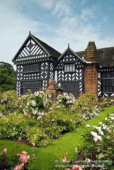 Speke Hall - Tudor house in Speke, Liverpool, England (by Steve Liptrot Photography)