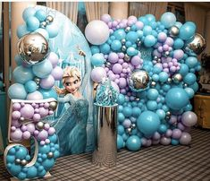 Frozen Balloon Decorations, Frozen Balloons, Birthday Party Decorations, Balloon Topiary, Balloon Wall, Balloon Garland, Frozen Themed Birthday Party, Frozen Party, Balloon Surprise