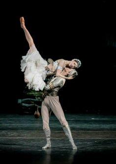 "<<Natalia Somova and Sergei Polunin in ""La Bayadère "" # Photo © Jack Devant>>"