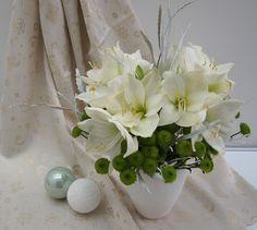 Table Decorations, Star, Home Decor, Let It Snow, Advent Season, Flowers, Decoration Home, Room Decor, Home Interior Design