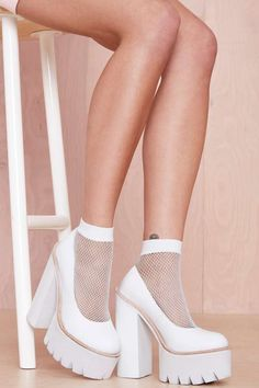 Go Fishnet Ankle Socks