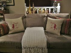 Easy Burlap Vintage Skating Silhouette Pillows http://www.interiorfrugalista.com/2013/12/burlap-christmas-pillows-you-can-make.html