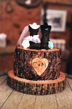 Wood Inspired Wedding Cake for Rustic Wedding Theme