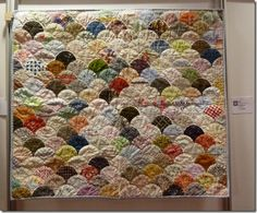 antique norwegian quilts - Google Search.  I love this so much I started my own replica :) - 'cause I needed another project!