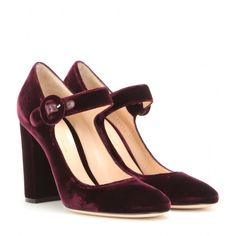 Gianvito Rossi knows how to create understated style, and these gorgeous velvet pumps prove it. With a block heel and dainty ankle buckle, these deep purple beauties will look just darling when paired with a white mini dress. Lorraine, Walk In My Shoes, New Shoes, Women's Shoes, Mary Janes, Purple Pumps, Holiday Shoes, Rossi Shoes, Zapatos