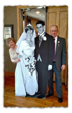 A cutout wedding picture taken 50 years ago was a hit at our Wedding Ann. - A cutout wedding picture taken 50 years ago was a hit at our Wedding Anniversary celebrat - Wedding Anniversary Celebration, Golden Wedding Anniversary, Anniversary Ideas, Parents Anniversary Gift, 50th Wedding Anniversary Decorations, Second Anniversary, Happy Anniversary, Souvenir Ideas, House Beautiful