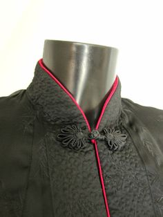 VINTAGE-SOLZ-SQUIRREL-CHINESE-WOVEN-SATIN-REVERSABLE-BLACK-DEEP-CERISE-JACKET-M