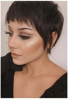 Messy Pixie Haircut, Longer Pixie Haircut, Long Pixie Hairstyles, Short Pixie Haircuts, Haircuts With Bangs, Short Hairstyles For Women, Pretty Hairstyles, Shaggy Pixie Cuts, Cute Pixie Cuts
