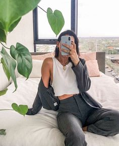 Minimal Outfit, Minimal Fashion, Streetwear, Aesthetic Fashion, Aesthetic Clothes, Aesthetic Women, Urban Aesthetic, Cute Casual Outfits, Summer Outfits
