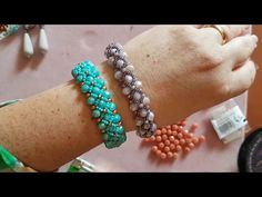 Tutorial modulo e bracciale Semplicità 💖 - YouTube Beaded Bracelets Tutorial, Handmade Bracelets, Bangle Bracelets, Jewelry Patterns, Bracelet Patterns, Bracelet Designs, Beading Tutorials, Jewelry Crafts, Beaded Jewelry