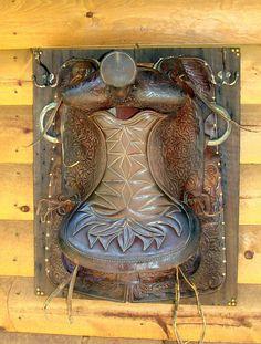 Leather Saddle Coat Rack Barn Boards Old Saddle Antique Hooks Bathroom Robe Towel Hanger Fall Home Decor, Home Decor Items, Home Decor Accessories, Cheap Home Decor, Decorative Accessories, Coastal Decor, Boho Decor, Rustic Decor, Western Style