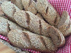 Backen mit Christina … | Dinkel 3Korn Weckerl Keto Bread, Ketogenic Diet, Nom Nom, Side Dishes, Sandwiches, Bakery, Food And Drink, Healthy Eating, Snacks
