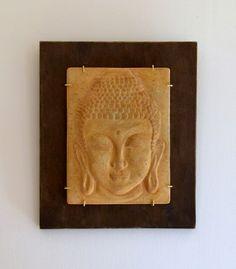 Tableau de Bouddha réalisé par mes soins en deux temps :  1) le moulage en…