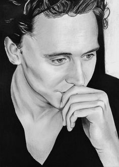 Tom Hiddleston | Blue Crayon