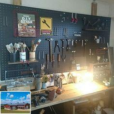 How to Create Your Own Garage Workshop Garage Cafe, Garage Studio, Diy Garage, Garage Shop, Workshop Design, Workshop Storage, Garage Workshop, Tool Wall Storage, Garage Organisation