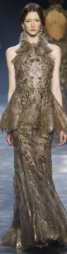 Marchesa fall 2016 RTW I just love the color and material !!!