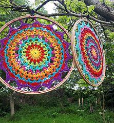 Ravelry: Summer Mandala pattern by Carmen Heffernan One Skein Crochet, Crochet Shawl Free, Crochet Mandala Pattern, Crochet Triangle, Crochet Circles, Crochet Flower Patterns, Basic Crochet Stitches, Crochet Hooks, Crochet Summer